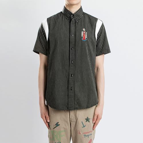 스트라이프 자수 1/2 셔츠- 와코.M